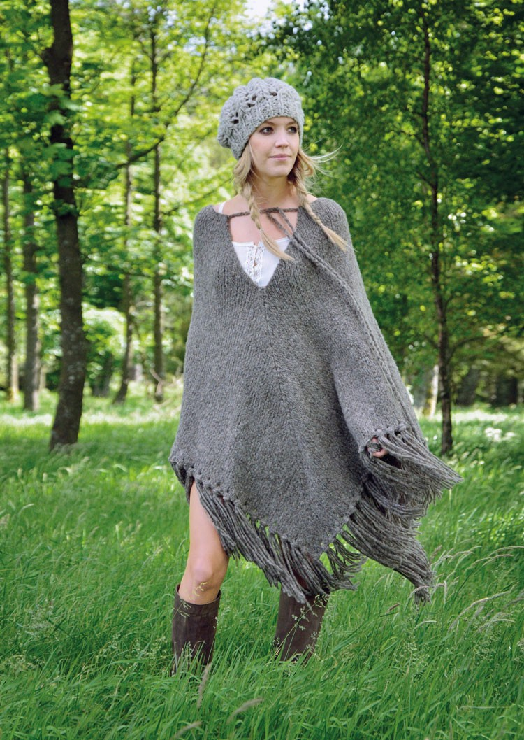 Poncho knitting pattern | Kim Hargreves - knit affair