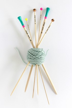 knit affair Knitting Needles Review and Giveaway on handsoccupied.com! Enter until Oct21!